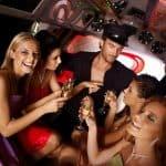 Stripper im Partybus