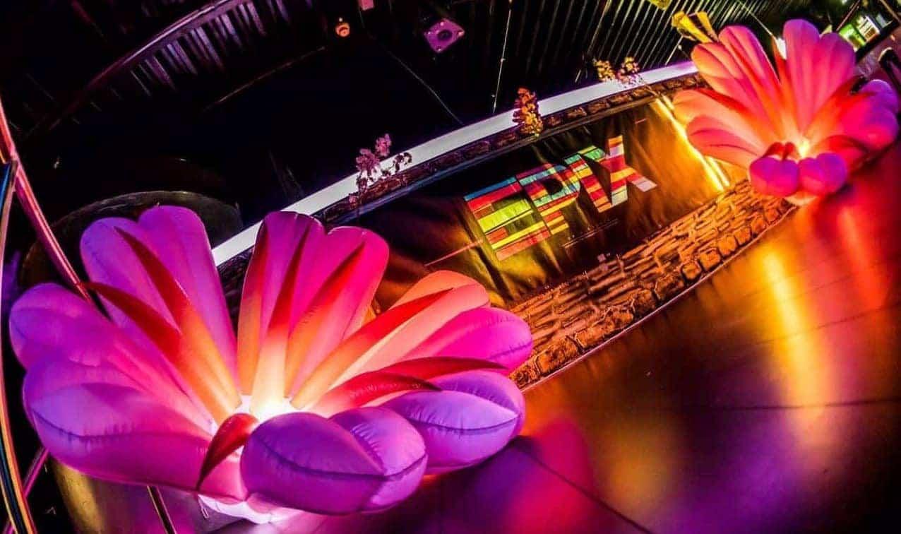 aufblasbare riesenblumen - Event Dekoration